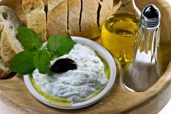 Salsa Tzatziki: la ricetta originale